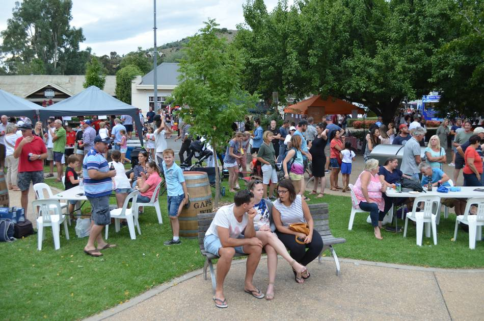 The Myrtleford Festival - Festival Market